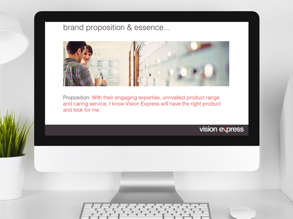 design view on Imac for scene proposition module e-learning platform created for Vision Express creative work